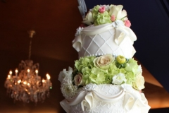 Utah wedding Flowers - Flowers Squared cake flowers