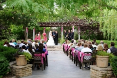 Utah wedding venue - Eldredge Manor outdoor ceremony