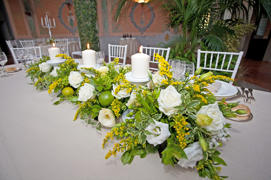 Floral arrangements for wedding flowers