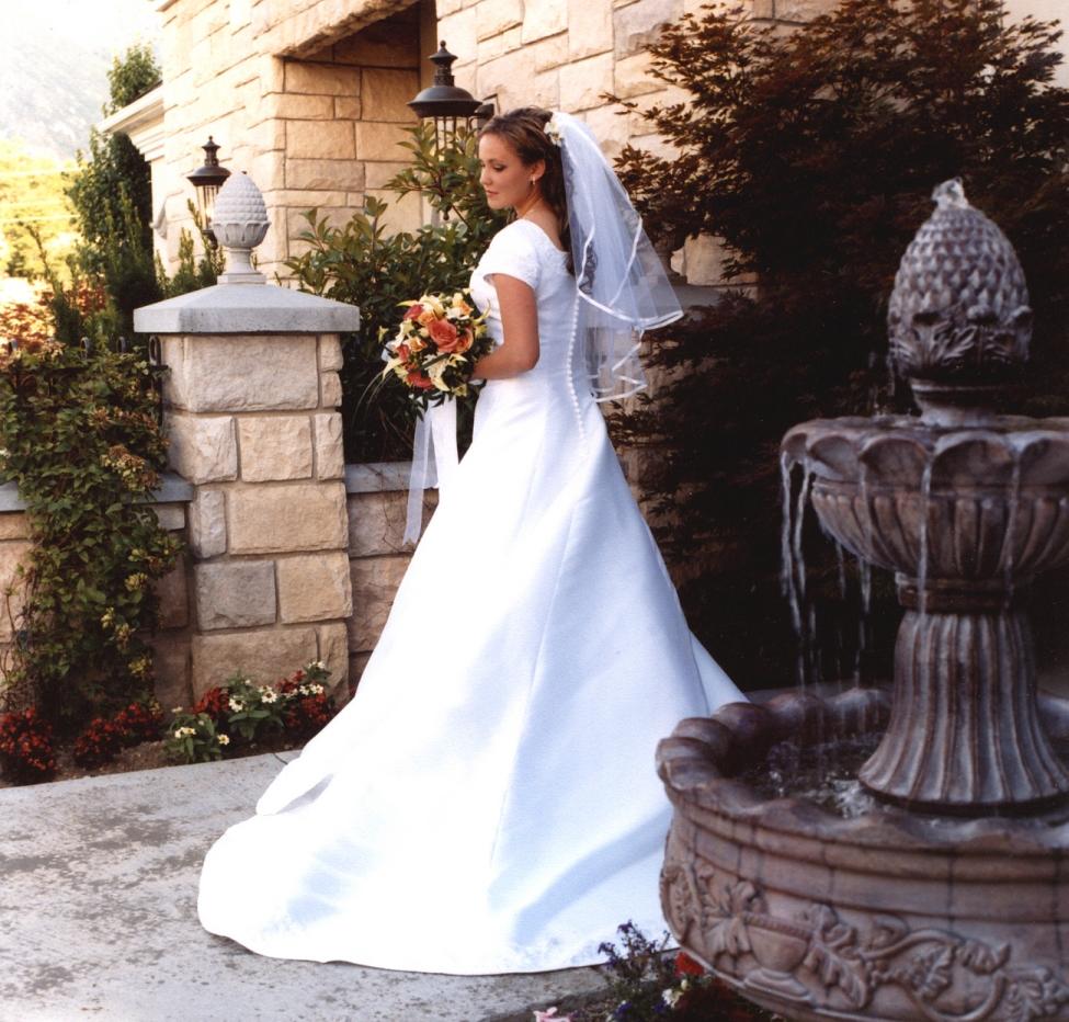 Le Jardin Cafe Wedding: Utah Wedding Venue