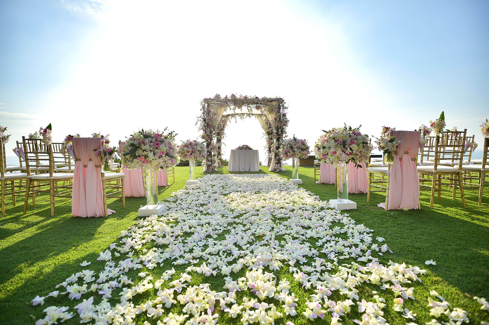 Wedding venues in utah salt lake bride blog salt lake bride lets take a look at what goes into choosing the right wedding venue for you and some of our local suggestions junglespirit Choice Image